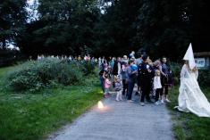 Večerní pohádkový les v zámeckém parku dne 12.9. 2020