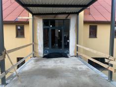 Napojení nastávající budovu školy je připraveno